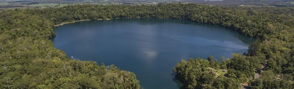 How to explore Lake Eacham
